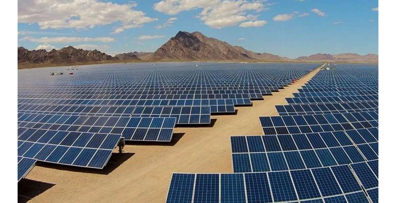 Η κινεζική κυριαρχία στην καθαρή ενέργεια συνεχίζεται