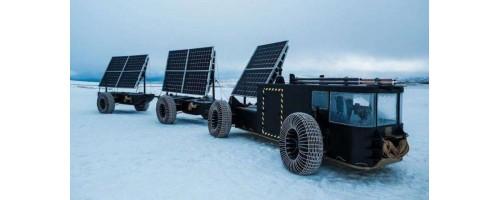 Το Solar Voyager, κατασκευασμένο από ανακυκλωμένο πλαστικό, είναι έτοιμο να εξερευνήσει την Ανταρκτική