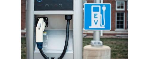 Ο ΔΕΔΔΗΕ προωθεί τη δημιουργία 1500 σταθμών φόρτισης ηλεκτρικών αυτοκινήτων
