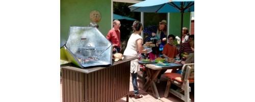 Με ένα ηλιακό φούρνο μαγειρεύετε παντού
