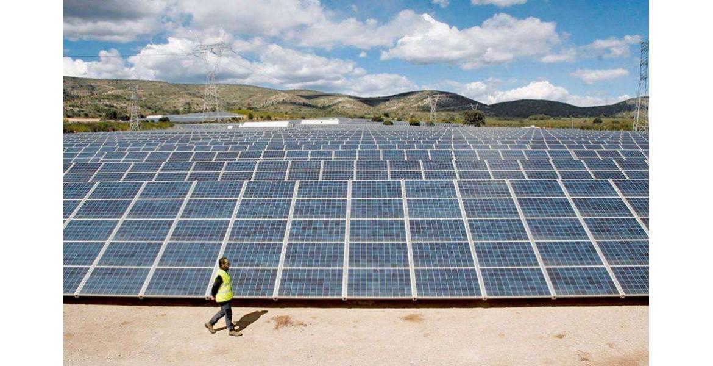Η ηλιακή αγορά της ΕΕ αυξήθηκε κατά 60% πέρυσι