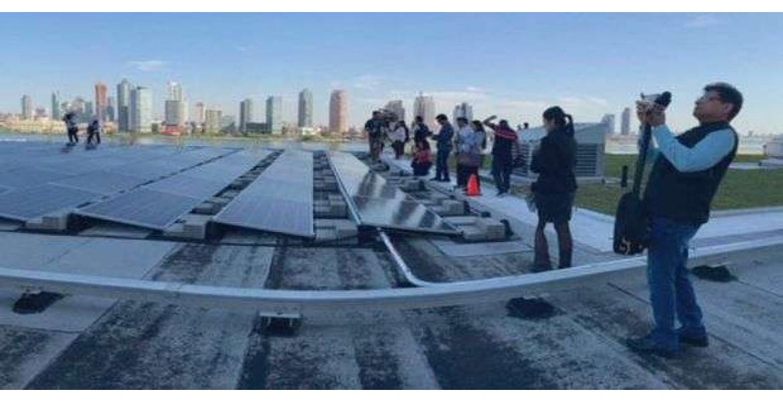 Φωτοβολταϊκά τοποθετήθηκαν στην οροφή του ΟΗΕ