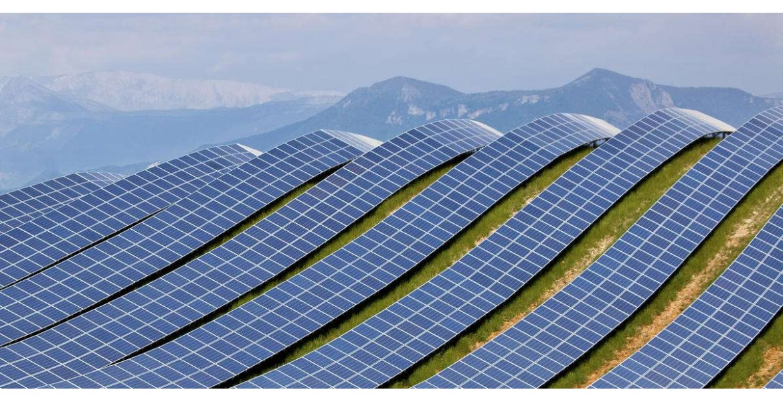 MIT: Οικονομικά, συμφέρει η αντικατάσταση των φωτοβολταϊκών μετά από 10-15 χρόνια, παρά μετά από 25