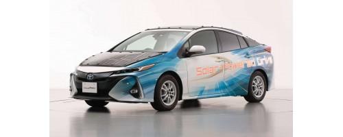 Toyota Prius PHV με φωτοβολταϊκά πάνελ υψηλής απόδοσης της Sharp
